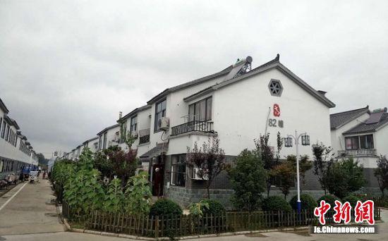 睢宁姚集镇高党村集中居住区,成排的别墅令城里人羡慕。