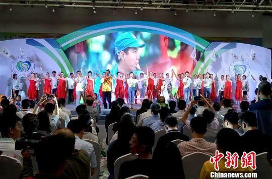 图为9月23日,第二届志愿服务展示交流会无锡启幕。 崔佳明 摄