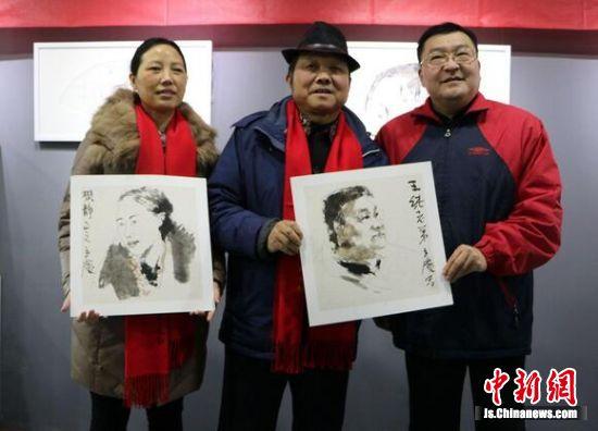 走到哪画到哪,笔下淋漓水墨,王立庆教授将会一直坚持为人民而创作,将传统文化影响身边的人。
