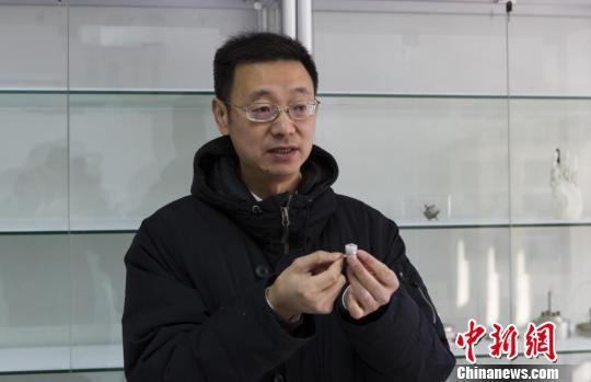 东南大学仪器与工程学院院长宋爱国接受采访。 杭添 摄