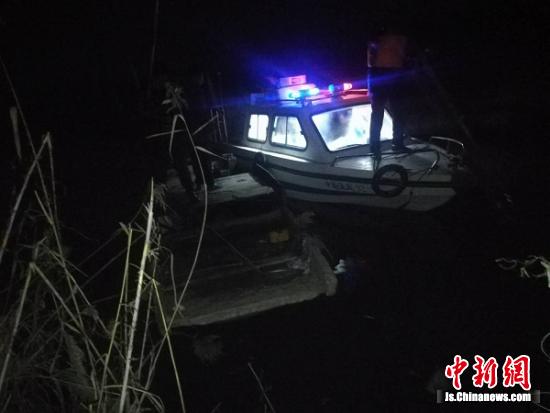 大丰渔政部门开展专项电力捕鱼执法行动