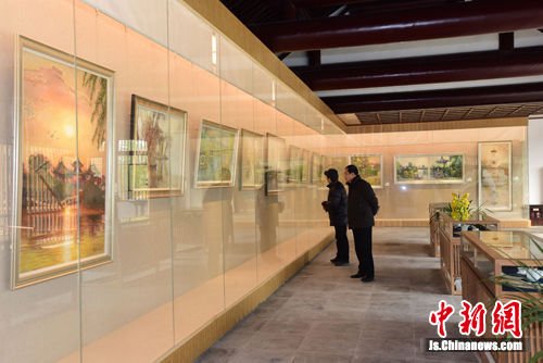 图为10日,扬州瘦西湖美术馆开馆。
