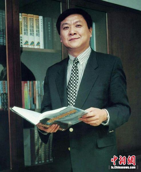 红太阳集团董事长兼总裁 杨寿海
