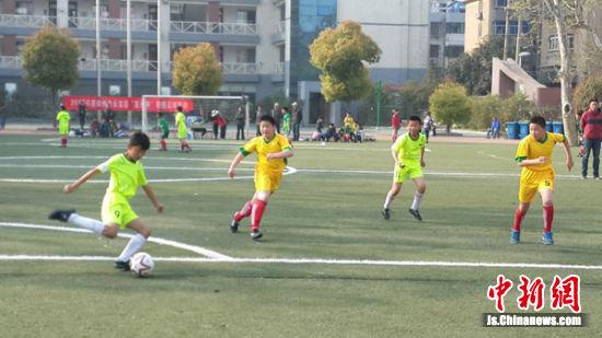 徐州王杰小学足球比赛。
