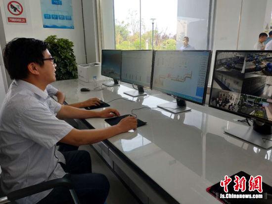 铜山新区珠江路供水泵站监控室