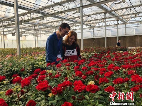 27名外籍友人到访江苏阜宁 看美景尝美食