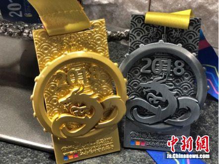 2018年常马奖牌的设计可谓独具匠心