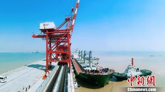 国家电投集团协鑫。 滨海县委宣传部供图