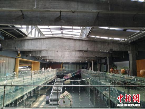 老厂房进行二次开发尽量不改变建筑主体。