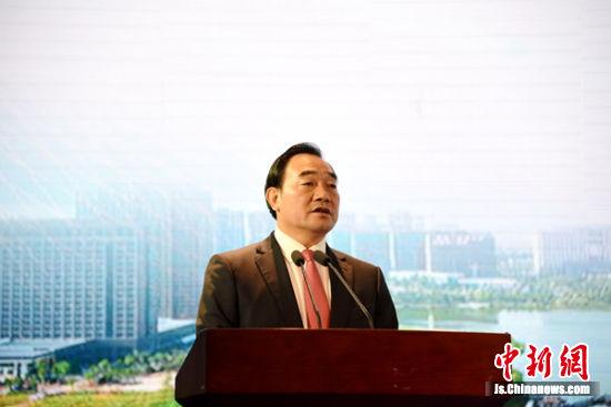中共徐州市委书记周铁根致辞。