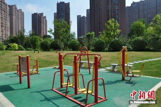 悦达·悦珑湾花园公共健身设施。