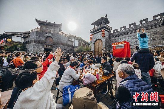 江湖庙会木偶戏人气旺