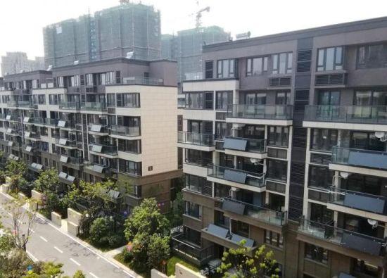 最高涨6000元/㎡ 南京江北一小区业主倡导集体上调房价