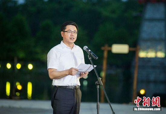 中共常州市委常委、宣传部长陈涛讲话。王幸 摄