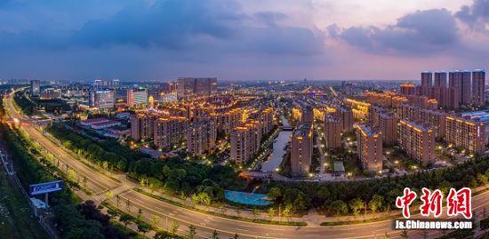 图为泰州中国医药城一角。 中国医药城供图