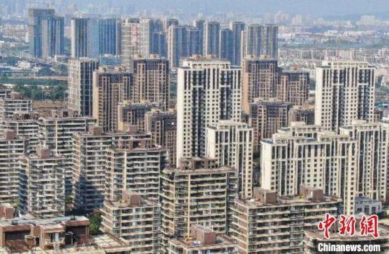 南京首次试行人才专享购房新政,为人才购房开辟优先通道。(资料图) 泱波 摄