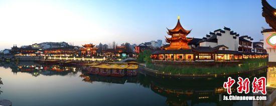 夜幕下的南京夫子庙