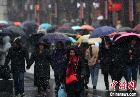 2020年南京的首场降雪(资料图)。 泱波 摄
