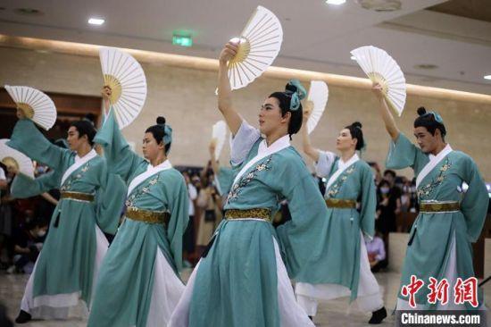 """""""博物馆奇妙夜""""在南京博物院上演。 泱波 摄"""