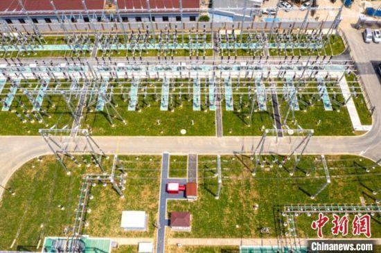 220千伏�韬�智慧变电站在江苏常州全面建成。徐多 摄