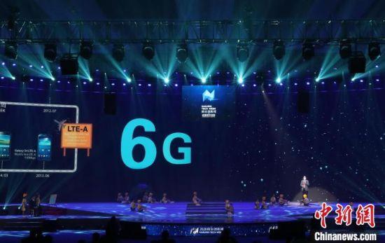 南京致力于推动软件和信息服务业等八大产业形成核心竞争力,培育南京品牌龙头企业。(资料图) 泱波 摄