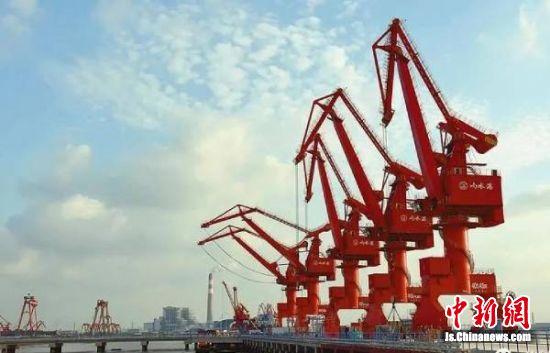 响水5万吨级码头群。(资料图)