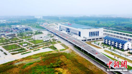 航拍新建成的睢宁站。 睢宁县交通运输局供图