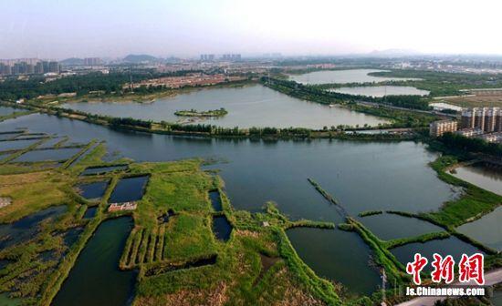 航拍九里湖湿地公园。 淮海国际陆港供图