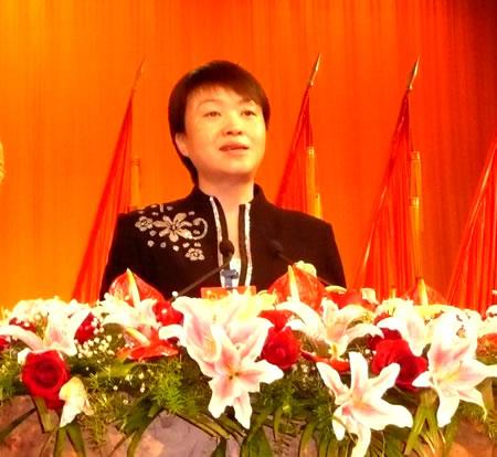 季建业、王燕文分别连任扬州市人大主任及市长